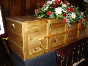 Gene Delecourt, Steve's casket